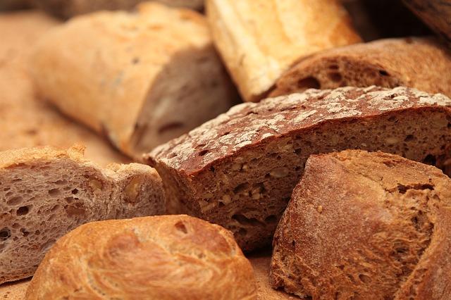 フランスパン(バゲット)をドライイーストで作る方法