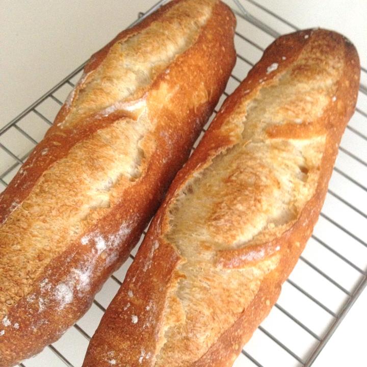 東芝オーブンで焼成したフランスパン