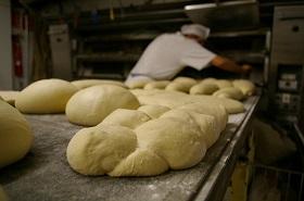 フランスパン(バゲット)作りで必要なビタミンCの作り方