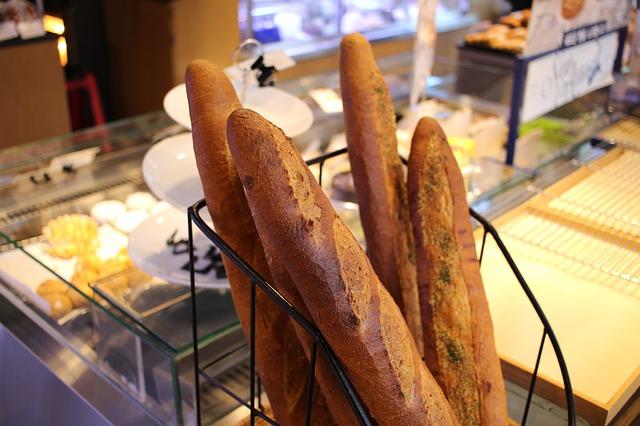 パナソニックオーブンレンジNE-R3200でフランスパンを焼成(テスト1)